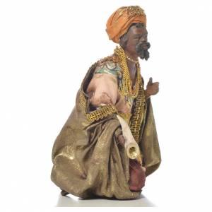 Black Wise Man in terracotta, 13cm by Angela Tripi s4