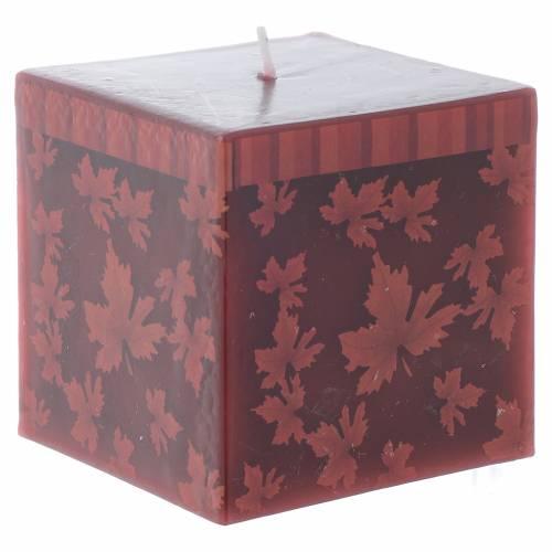 Bougie Noël carrée décor feuilles rouges 7,5 cm s1