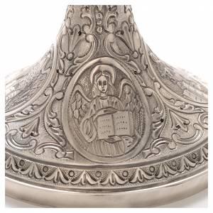 Cálices, Copones y Patenas metal: Cáliz de latón cincelado, Crucifixión y 4 Evangelistas