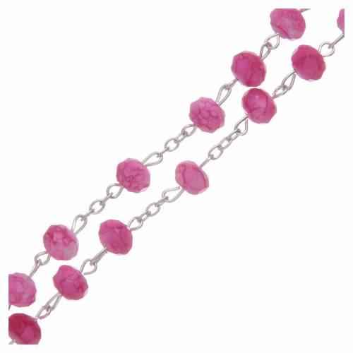 Chapelet avec grains en verre à facettes couleur rose s3
