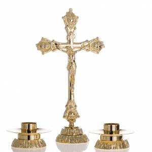 Cruces de altar con candeleros: Completo para altar, candelabro y cruz en latón