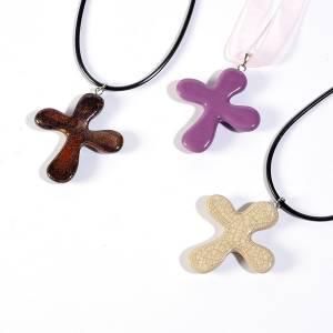 Pendenti croce ceramica: Croce pendente tonda