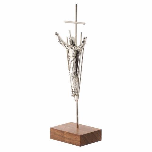 Crucifix Christ ressuscité,  argent, base en bois de noix s2