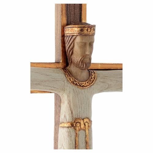 Crucifix en pierre, Chist, roi en blanc, croix marron s4