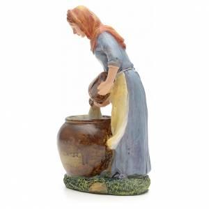 Donna che versa acqua 21 cm s2