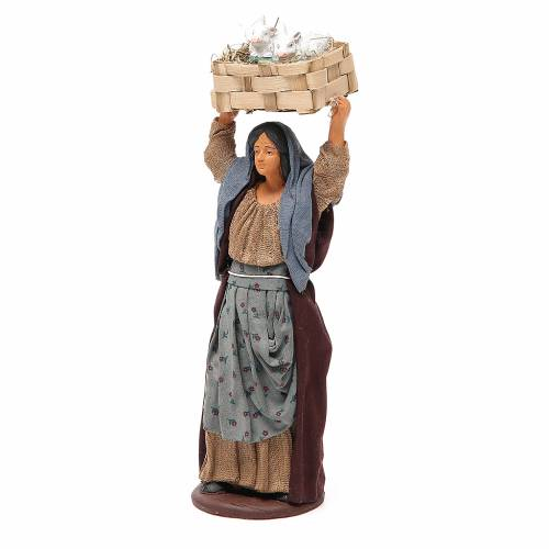 Donna con cassetta conigli 14 cm presepe napoletano s2
