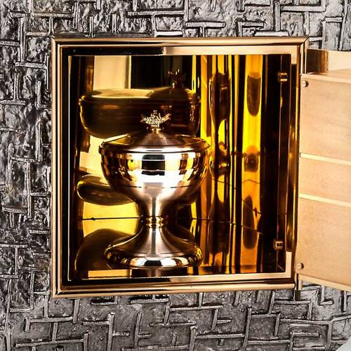 Embossed tabernacle with cross s5