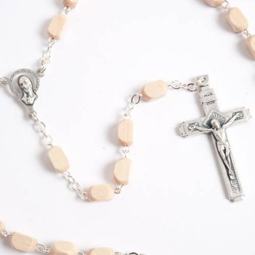 Faceted coconut-effect beads rosary s3