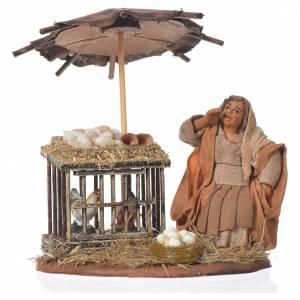 Crèche Napolitaine: Femme assise avec oeufs 10 cm santon crèche napolitaine