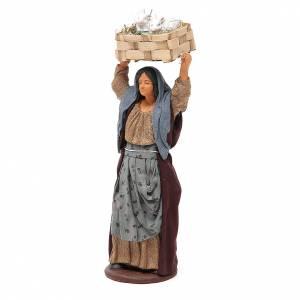 Femme avec caisse lapins 14 cm crèche napolitaine s2