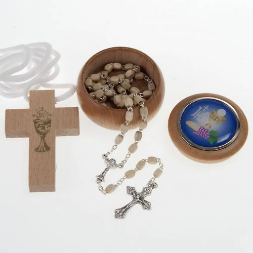 First Communion set with Cross, Rosary and Rosary box s1
