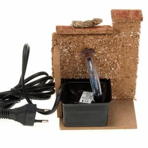 Fuente eléctrica para pesebre con pared de corcho 2,5 V s2