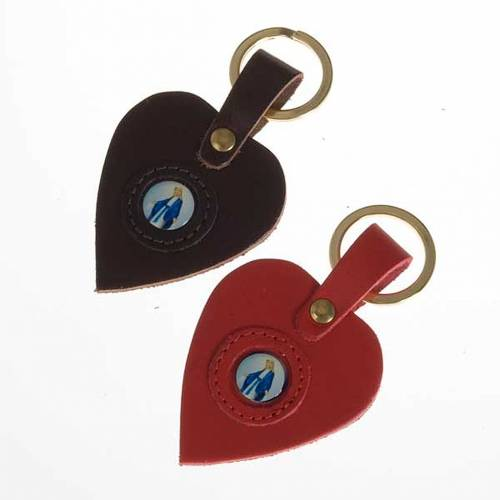 Heart shaped keyring with Miraculous Madonna s1