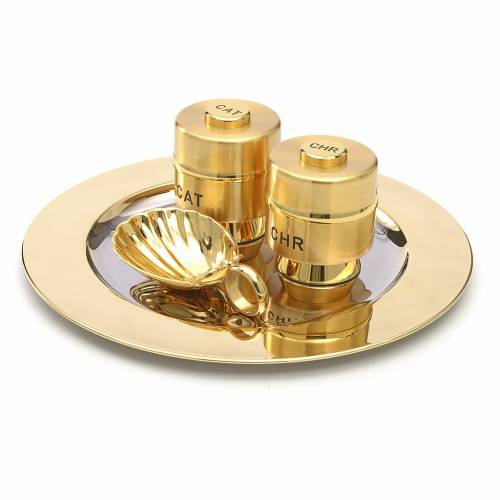 Holy Oils: set with brass stocks and a baptismal shell s2