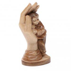 Mano protectora con niño de madera multi-patinada de la Val Gardena s2