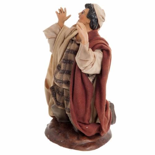 Neapolitan nativity figurine, kneeling man 18cm s3