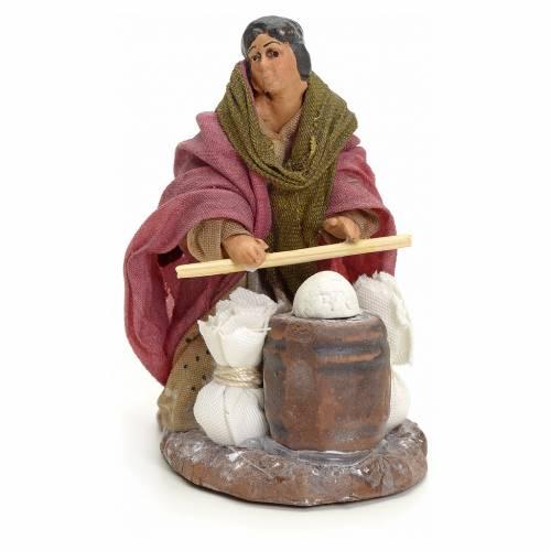 Neapolitan Nativity figurine, woman kneading dough, 8 cm s1