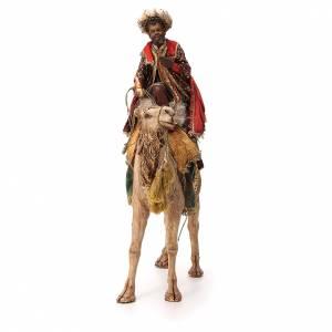 Rey Mago moreno con turbante sobre camello 18 cm Angela Tripi s4