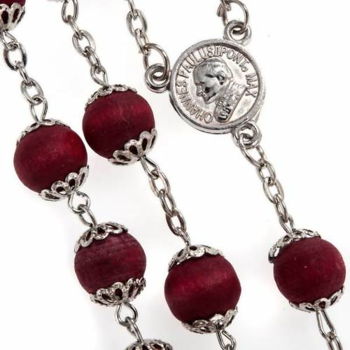 Rosary beads in red wood with safety pins, 9mm s2