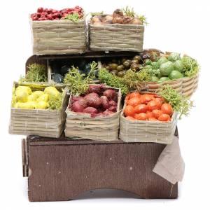 Table avec caisses de fruits crèche napolitaine s1
