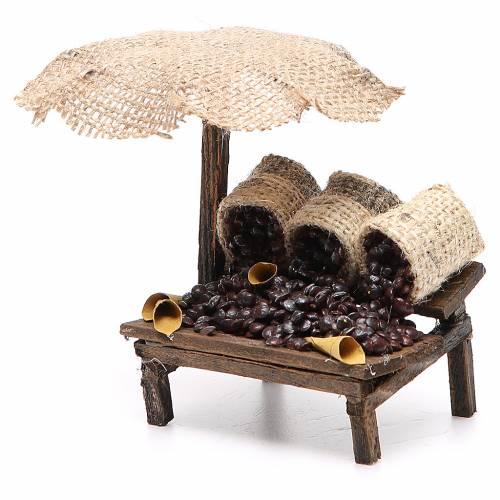 Workshop nativity with beach umbrella, chestnuts 12x10x12cm s2