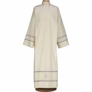 Albas litúrgicas: Alba con cruz y bordado