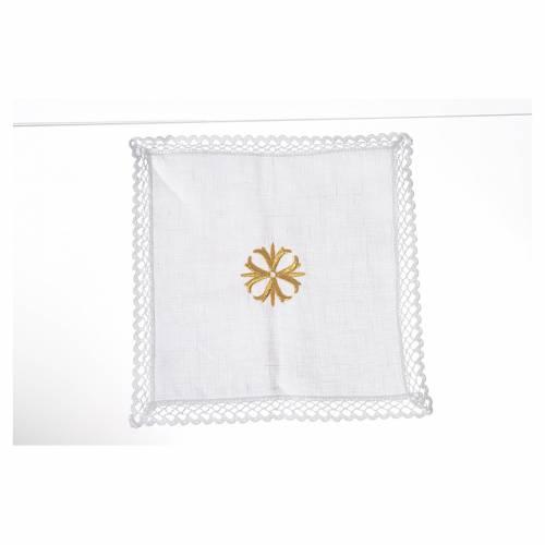 Altar linens with golden cross s1