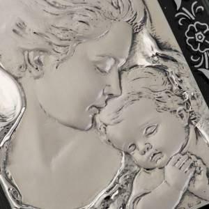 Bajorrelieve de plata con flores, Virgen y Jesús niño s2