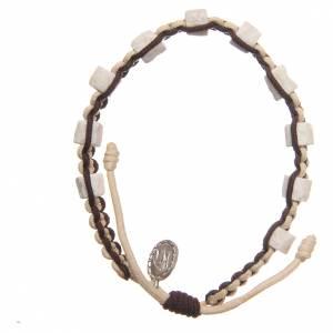 Bracelets, dizainiers: Bracelet dizainier Medjugorje pierre corde beige marron