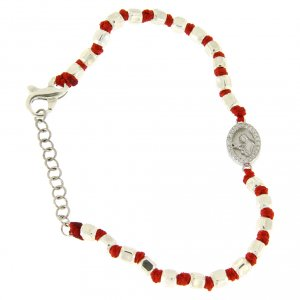Silver bracelets: Bracelet with mulitfaceted spheres in silver 2 mm red cotton cord Saint Rita white zircons