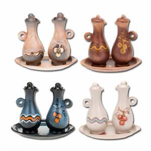 Ceramic cruets: Ceramic cruet set