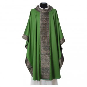 Chasuble in wool with orphrey in silk and sardonyx agate stones s2