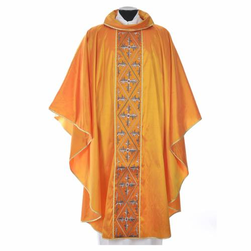 Chasuble soie 100% décor croix s3