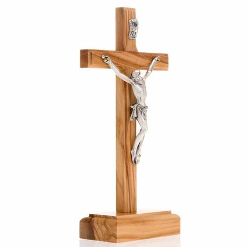 Crucifijo plateado de mesa madera olivo s2