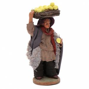 Belén napolitano: Hombre con cesto de limones 10 cm Belén napolitano