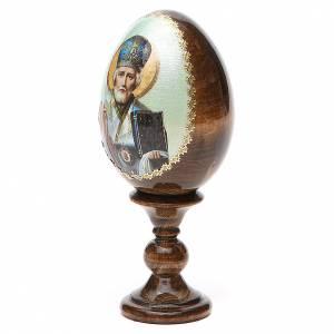 Huevos rusos pintados: Huevo ruso de madera découpage San Nicolás altura total 13 cm estilo Fabergé