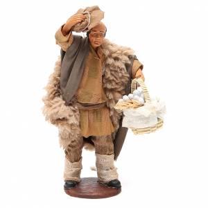 Man with hat and garlic basket 14cm neapolitan Nativity s1