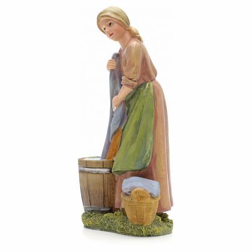 Mujer que lava paños 21 cm s2