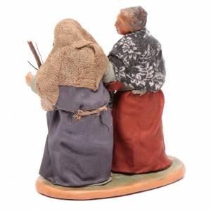 Mujeres ancianas dándose la mano 10 cm Belén Napolitano s3
