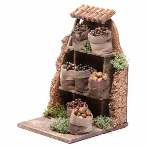 Nuts and olives stall for Neapolitan Nativity measuring 10x8x4cm s2