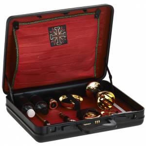 Bursy i zestawy podróżne dla księdza: Podróżny zestaw liturgiczny, walizka