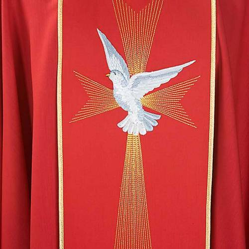 Red chasuble in wool with Holy Spirit and roses s4