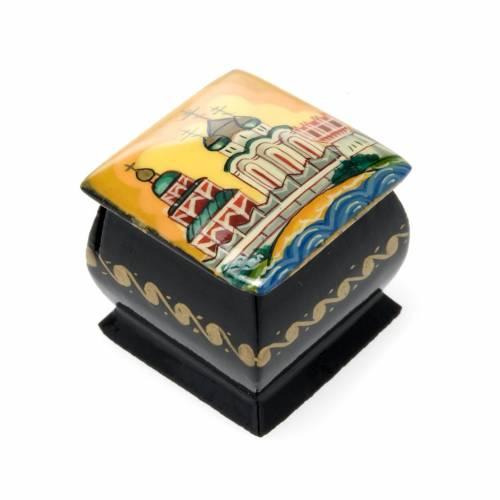 Russian lacquer box in papier-mâché Yellow