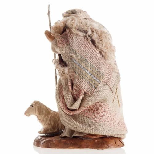 Santon crèche Naples 8 cm hommee âgée avec brebis s3