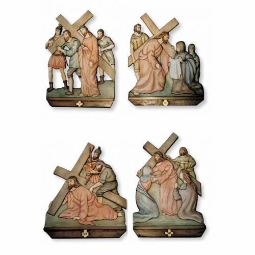 Stations of the Cross relief in painted wood s2