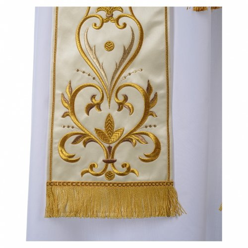 Stole in satin with floral embroidery s2