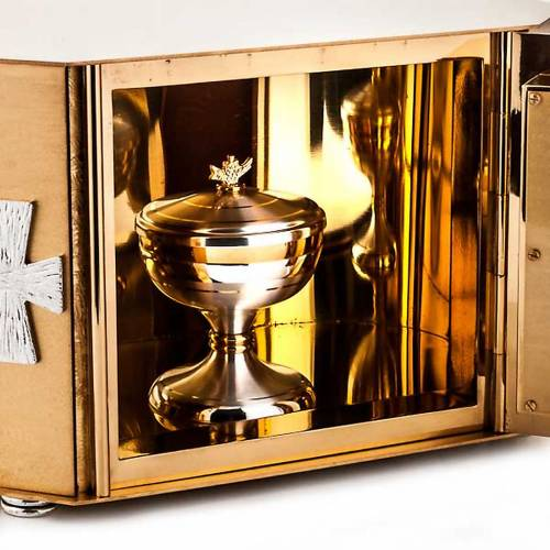 Tabernacle with exposition of the Blessed Sacrament, cross s4