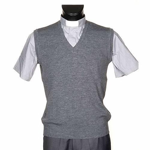 V-neck light grey waistcoat s1