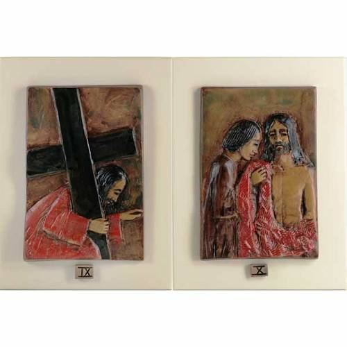 Via Crucis 14 stazioni maiolica cuoio su legno avorio s6