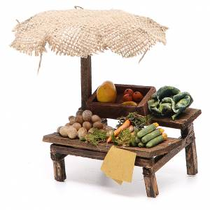 Workshop nativity with beach umbrella, vegetables 12x10x12cm s2